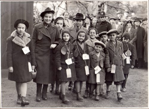 Kindertransport Children arriving in Great Britain 1939